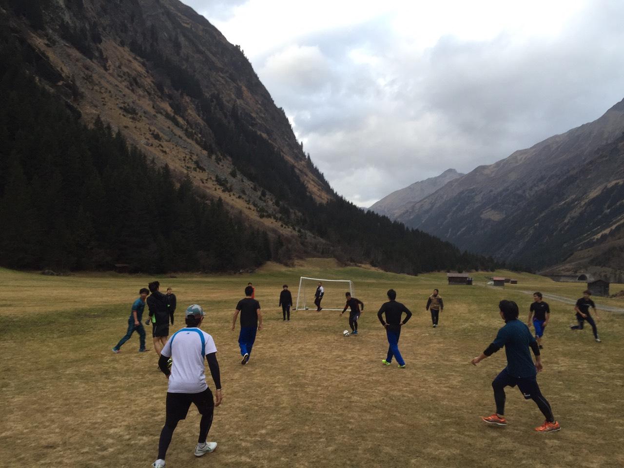 韓国チームとサッカー