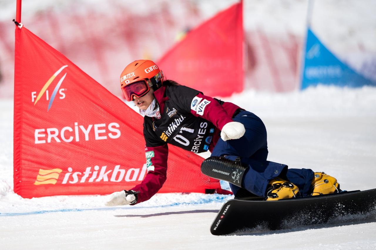 FIS Snowboard World Cup - Kayseri TUR - PGS - TAKEUCHI Tomoka JPN ゥ Miha Matavz/FIS