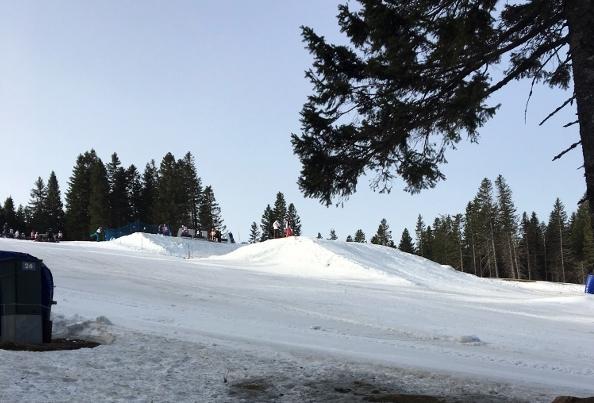 小雪の中コースは造成された (600x800)