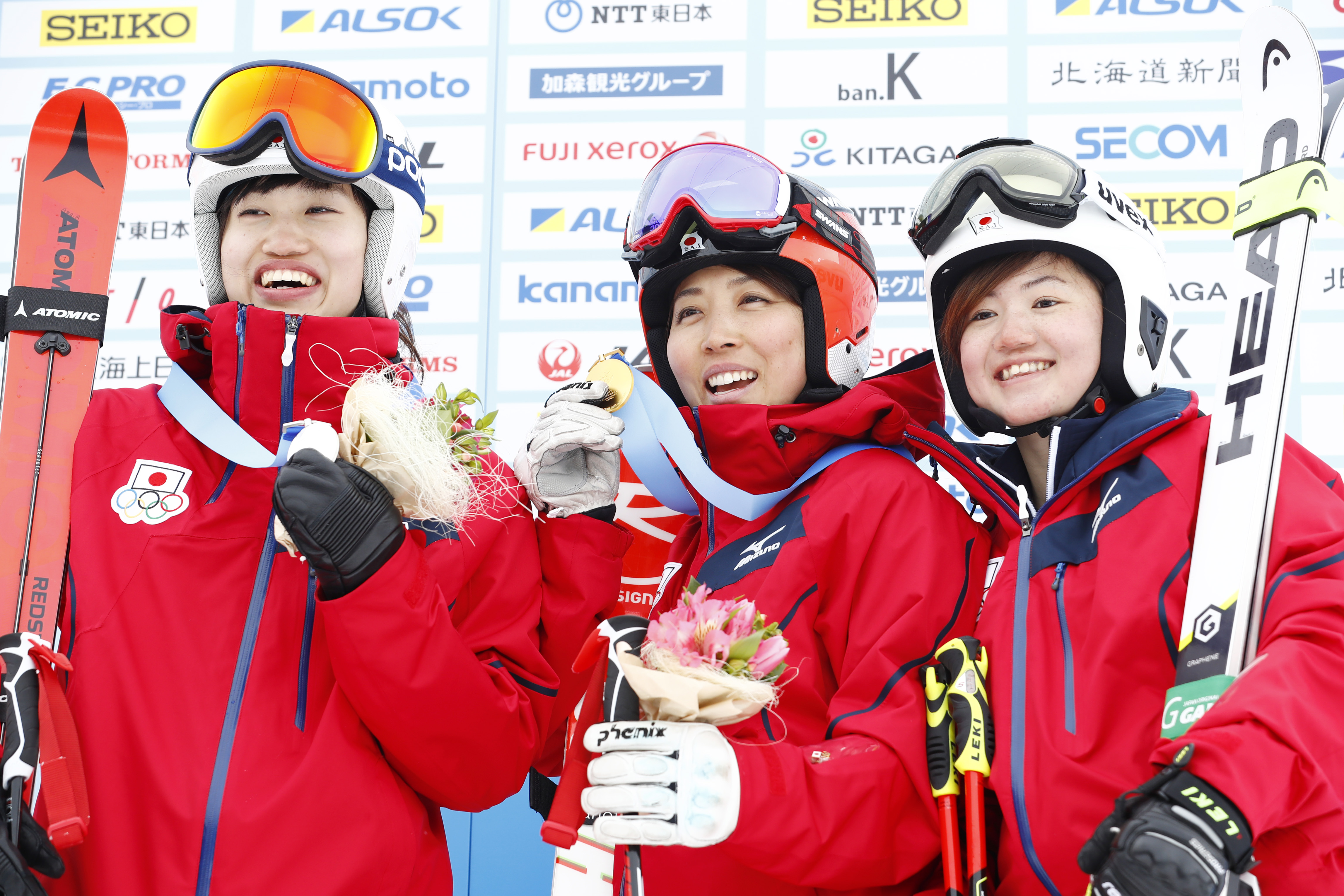 "(L-R) ˆÀ""¡–ƒ/Asa Ando, '·'JìŠG""ü/Emi Hasegawa, rˆä""ü÷/Mio Arai (JPN),  FEBRUARY 23, 2017 :  Women's Giant Slalom Medal ceremony  during the 2017 Sapporo Asian Winter Games  at Sapporo Teine in Hokkaido, Japan.  (Photo by Yohei Osada/AFLO SPORT)"