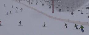 あいにくの降雪の中、千葉主任講師を先頭にスタート