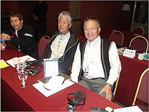 五十嵐理事とSIA役員(総会)