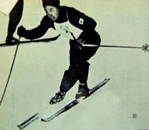 2本目、攻めに攻めた猪谷の会心の滑り。この瞬間、日本選手の冬季オリンピック史上初のメダリストが誕生した